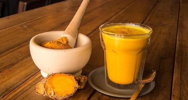 طرز تهیه شیر زردچوبه,شیر زردچوبه,adv cvm],fi,shir zardchoobe,زردچوبه,شیر با زردچوبه