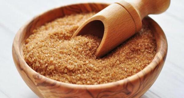 خواص شکر قهوه ای,شکر قهوه ای,a;v ri,i hd,brown sugar,dark sugar