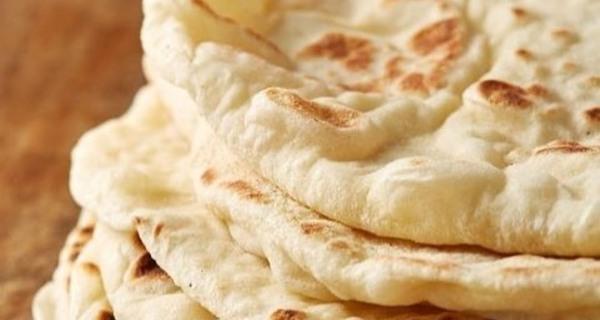 طرز تهیه نان پیتا,نان پیتا,طرز تهیه نان پیتا روی گاز,khk \djh,pita bread,نون پفکی