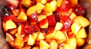 آموزش طرز تهیه کمپوت چند میوه خوش طعم خانگی با میوه های تابستانی
