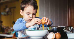 آموزش آشپزی با کودکان در خانه