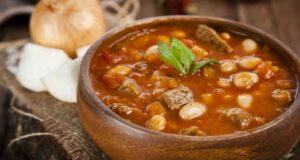 طرز پخت خورشت فاصولیه غذای ترکیه