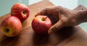 چگونه در خانه سرکه سیب درست کنیم؟